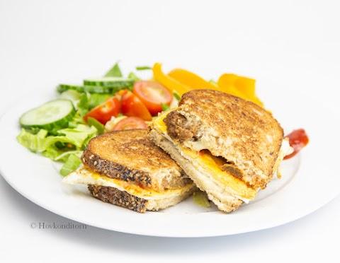 Toast with Mango Chutney