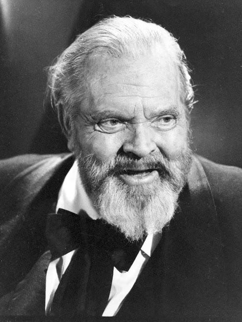 Orson Welles lançou em 1938 uma das maiores patranhas da História.<br /> Welles nos faz pensar no ecologismo,<br /> e o ecologismo em Welles
