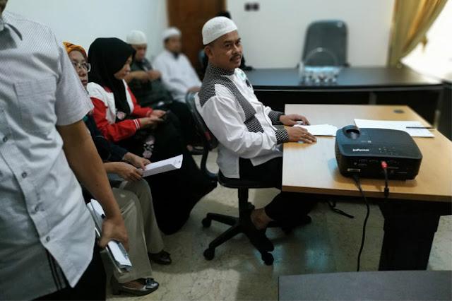 Jubir Prabowo: Kasusnya Pak Luhut dan PSI Tak Sampai Seperti Ustaz Slamet Ma'arif