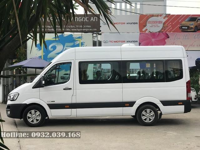 Xe Hyundai Solati 2021 màu trắng