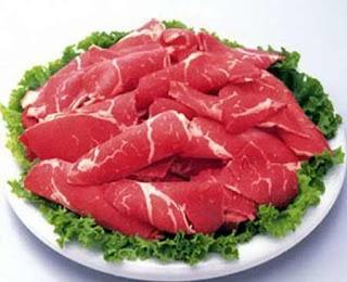 Thịt bò tái - Rất dễ gây bệnh !