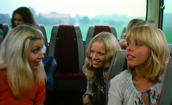 VIDEO ZETA ONE: Schulmädchen-Report 8 (1974)