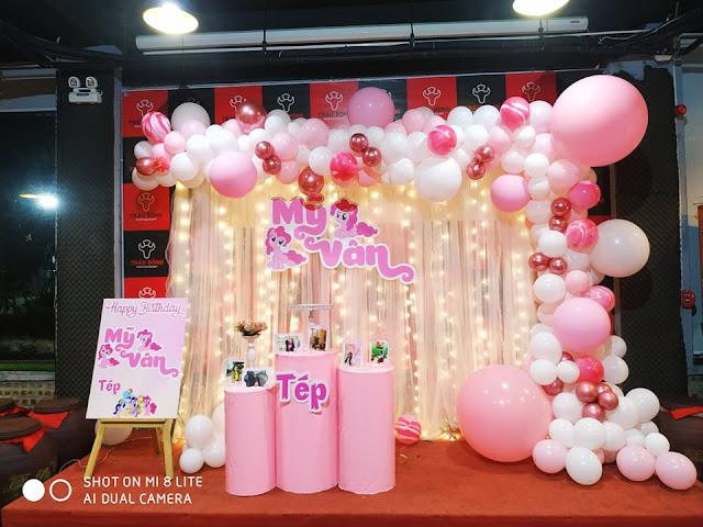 thuê trang trí sinh nhật bé gái tại nhà Cầu Giấy