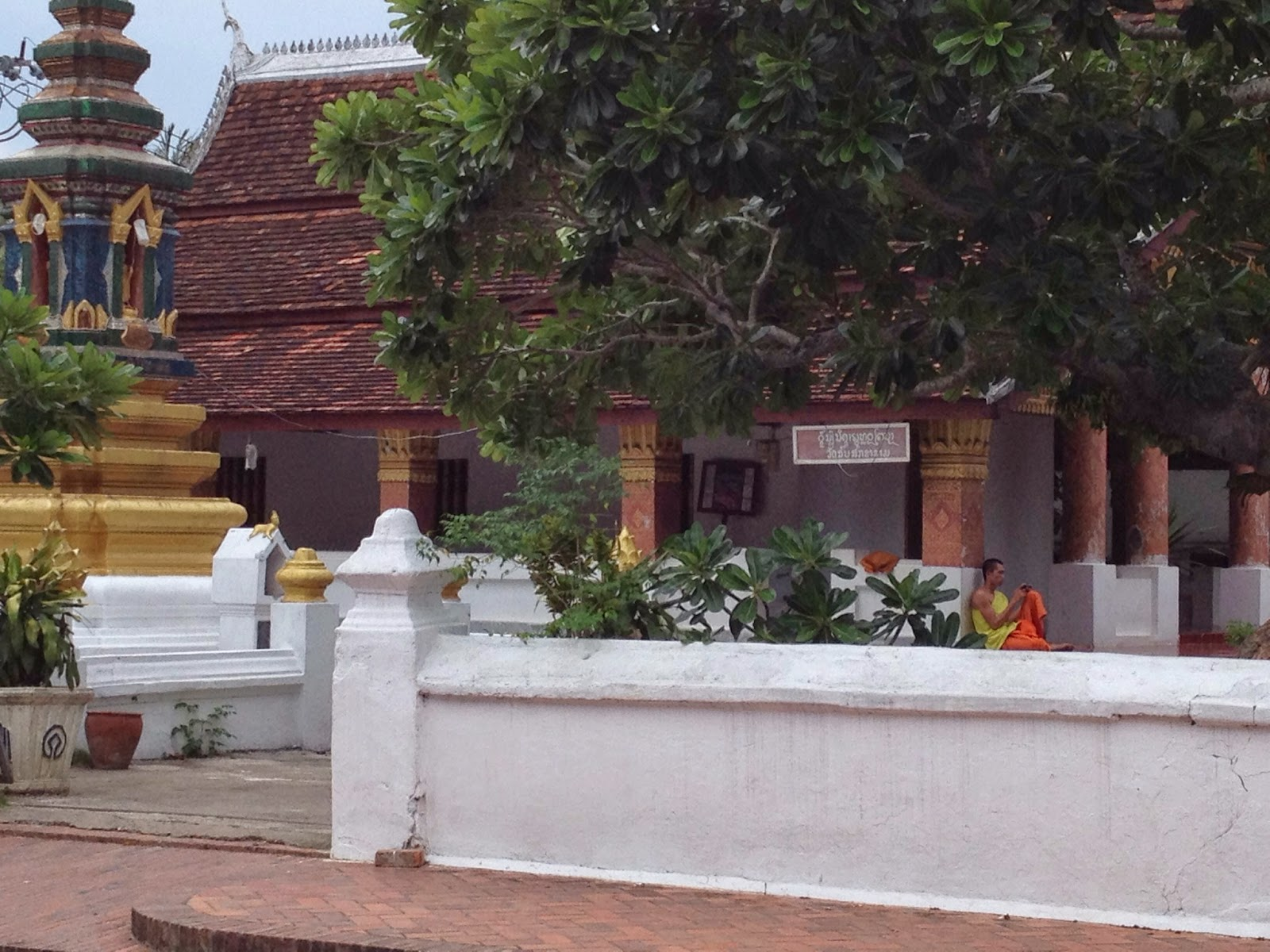 Luang Prabang - Even monks have smartphones