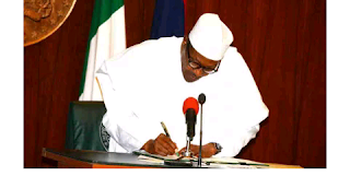 President Buhari signs 2019 budget into law