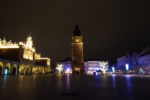 Torre del Municipio e Fondaco dei tessuti-Rynek Glowny-Cracovia