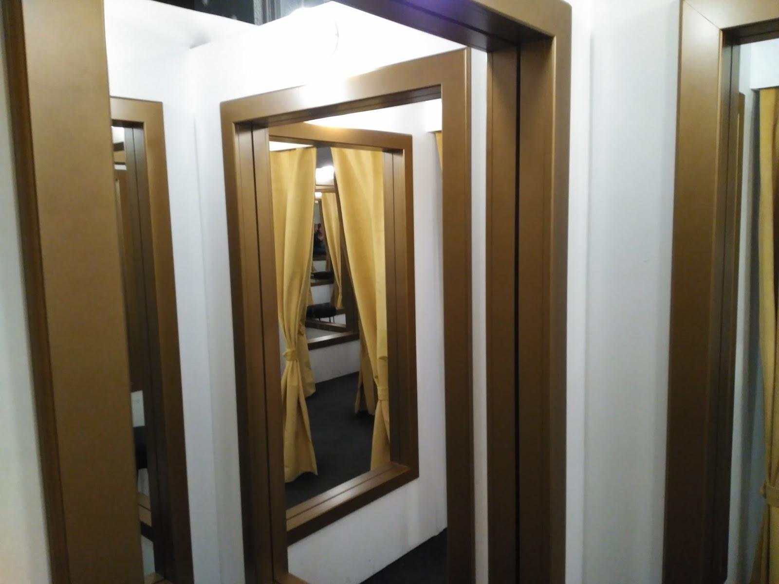Artesinira instalaciones for Probadores de ropa interior