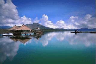 The Golden Sunrise Traveling Spot of Bali