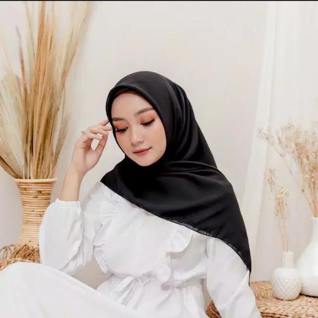 2. Hijab is black
