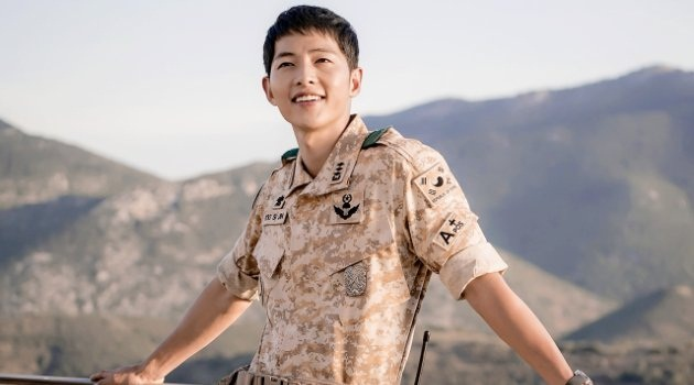 Song Joong Ki Admits Injury In Descendants Of The Sun As A Result Non Compliant