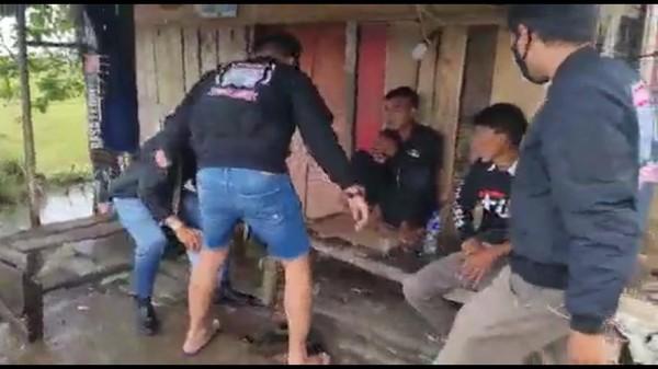 Preman Kampung yang Cegat-Palak Sopir Truk di Garut Ditangkap!