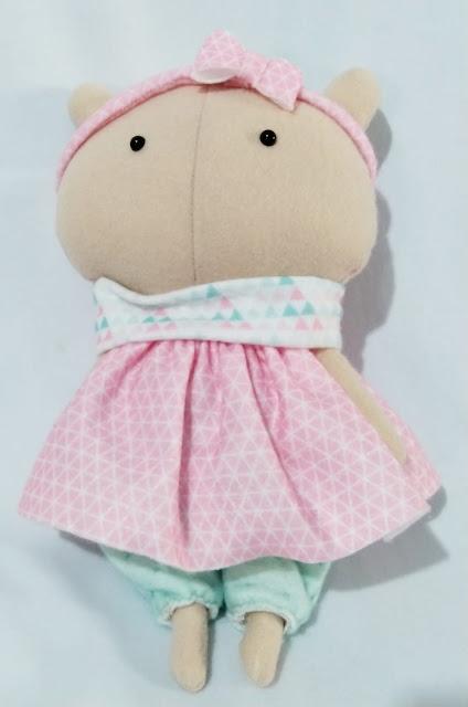 Moldes para Boneca de Feltro Babi – Por Viviane Melo