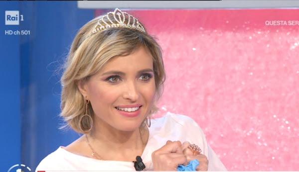 Monica Giandotti con la corona da Miss regina