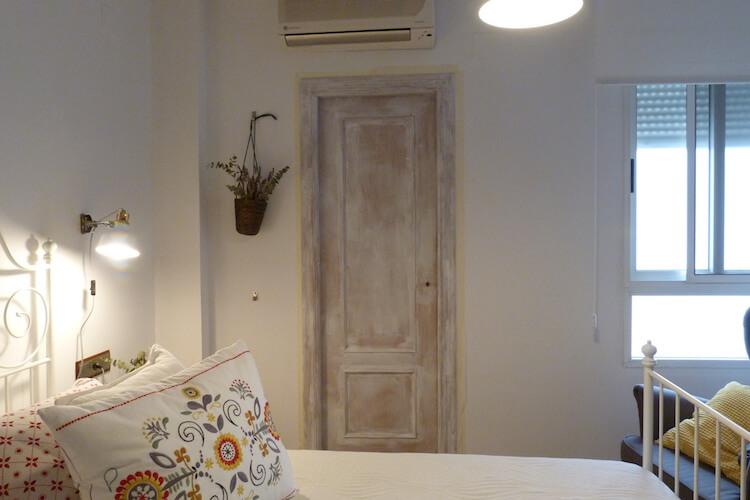 Pintura para puertas interiores for Pintar puertas