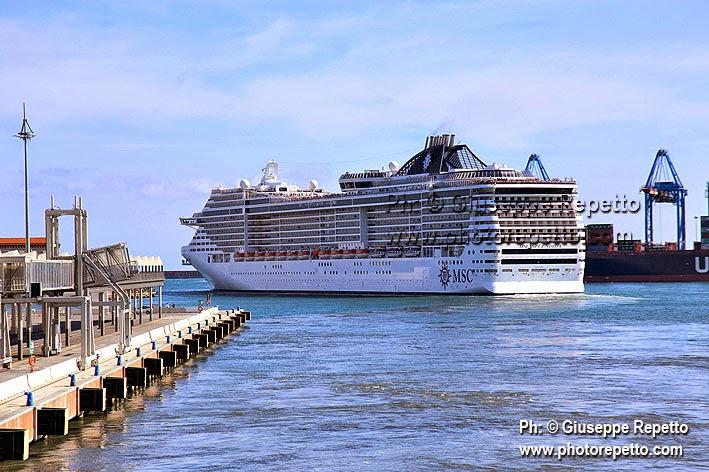 Il mio Mondo di Giuseppe Repetto: 3 Big Cruise Ships in Genoa