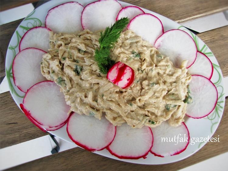 Tahin Salatası