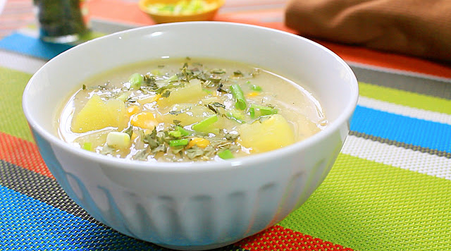 This is how to cook corn chowder. Corn can help the heart to reduce the risk of disease like diabetes and cancer. It is also a good source of fiber, vitamin B1, folate, Vitamin C and panthotenic acid.