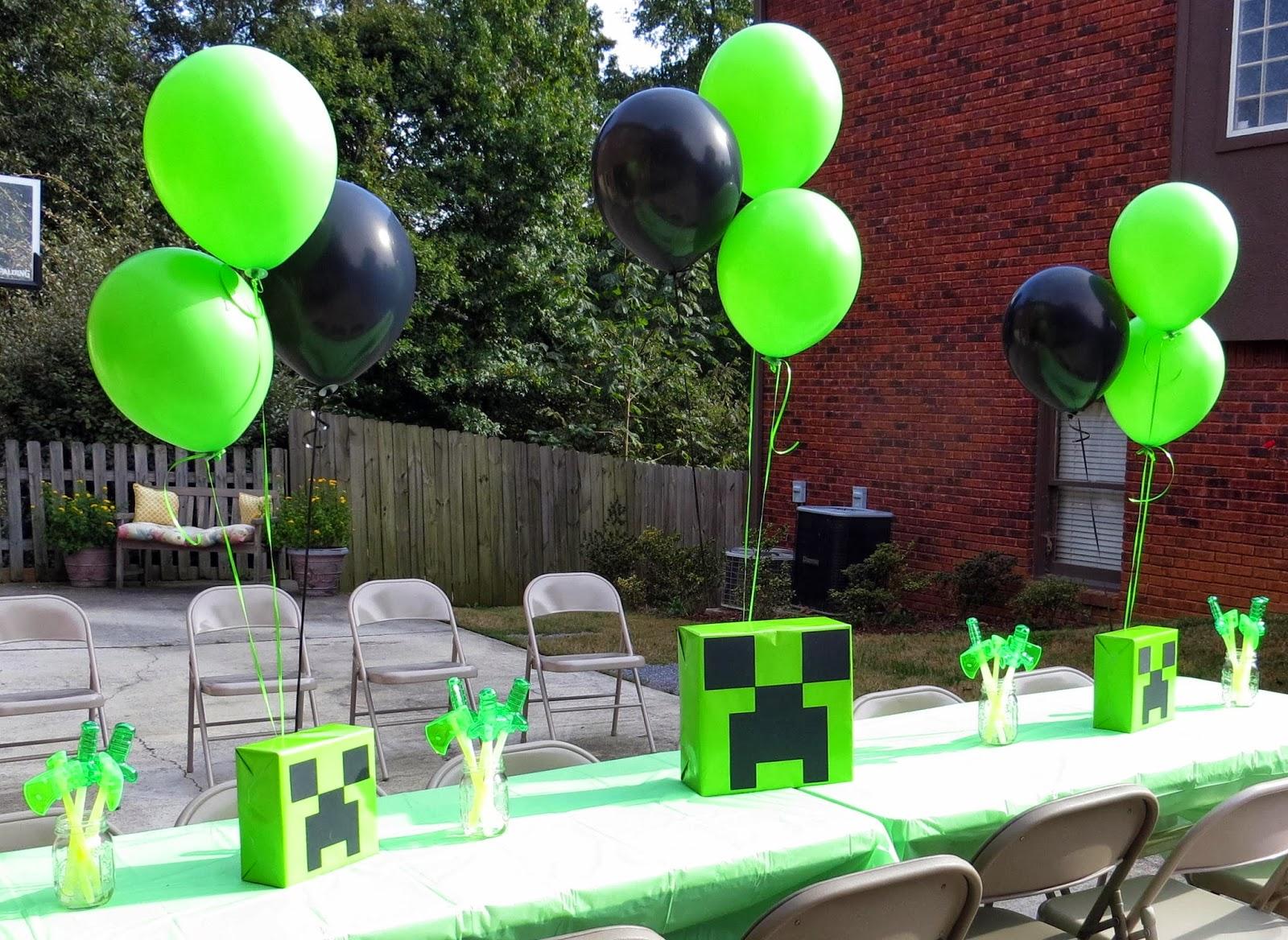 Room Mom Extraordinaire Minecraft Birthday Party