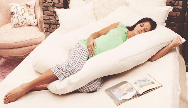 Bumil! Inilah Posisi Tidur Ibu Hamil yang Baik dan Nyaman