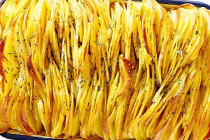 Crispy Savoury Potato Leaves