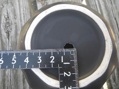 植木鉢 穴