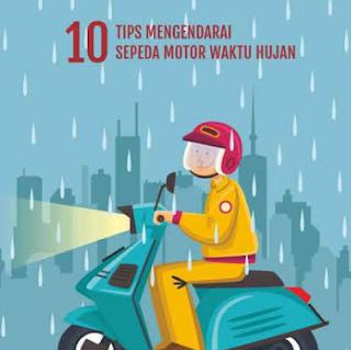 Beberapa Tips Berkendara Saat Hujan