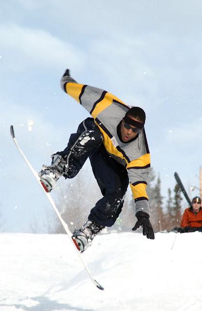 Snowboard en el Pirineo aragonés