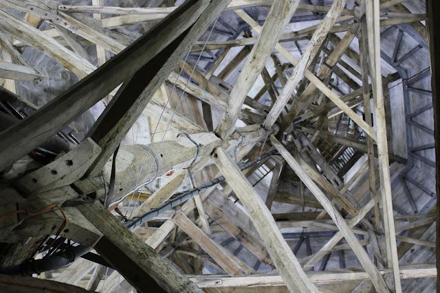 צריח קתדרלת סליסבורי מבפנים