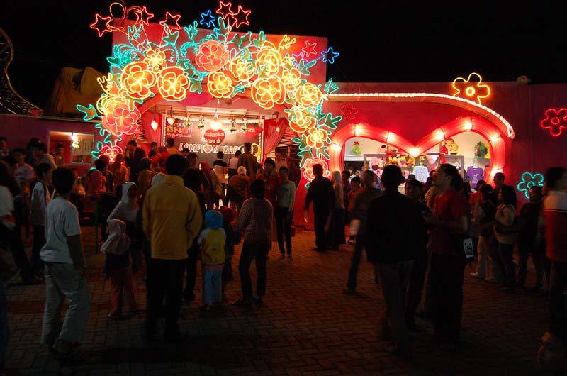 Lampion Garden Batu Night Spectacular