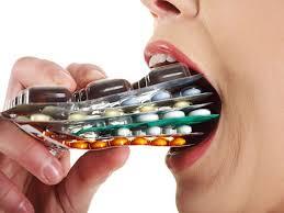 Lạm dụng thuốc bổ gan có thể gây ra nhiều tác dụng phụ đáng tiếc