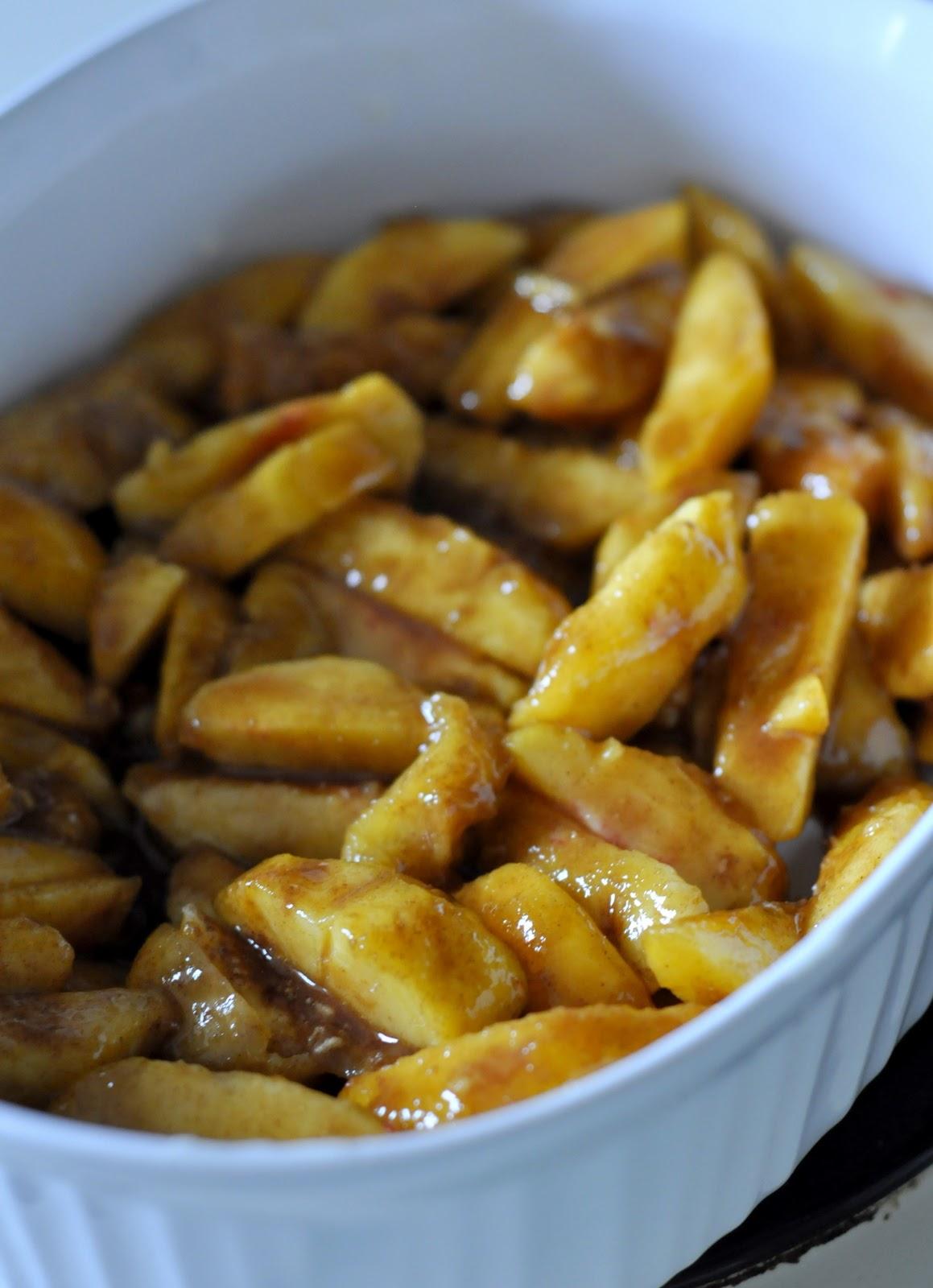Fresh peach filling for Easy Peach Cobbler   Recipe on Taste As You Go