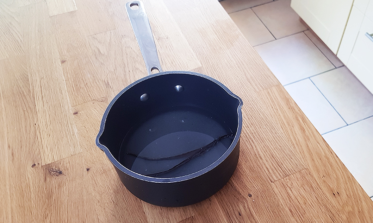 Sirop à la vanille pour le fraisier