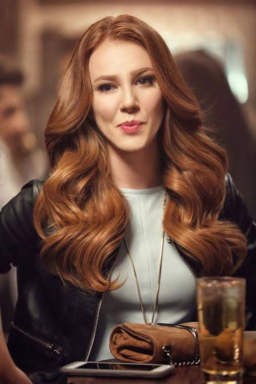 Hot & Sexy Turkish Actress and Model Elçin Sangu HD Photos and Wallpapers