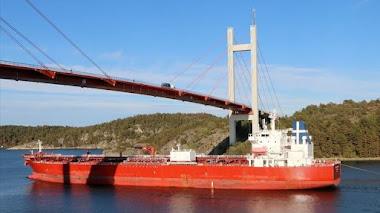Llega al Palito buque petrolero con combustible para Venezuela