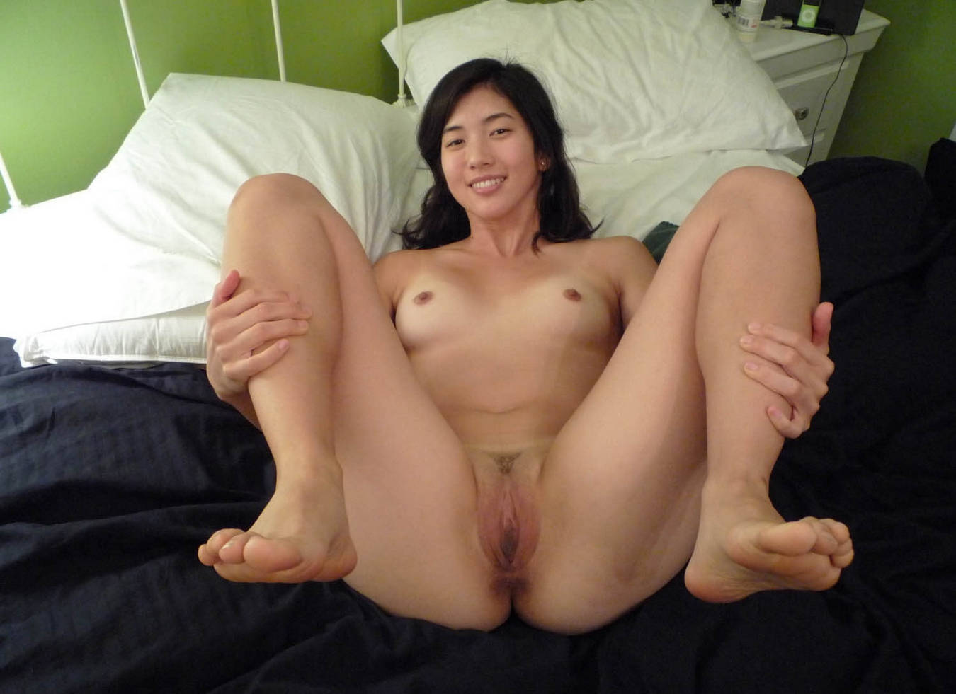 Nude Singapore Babes