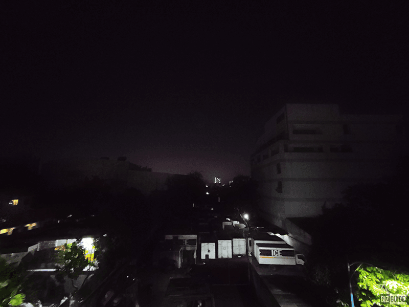 Low light ultra-wide camera