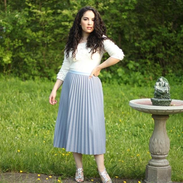 SHEIN Summer Fun Sale: Gray Pleated Skirt