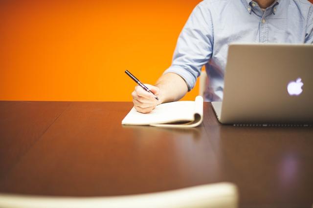 8 أشياء يجب معرفتها قبل البدء في العمل الحر