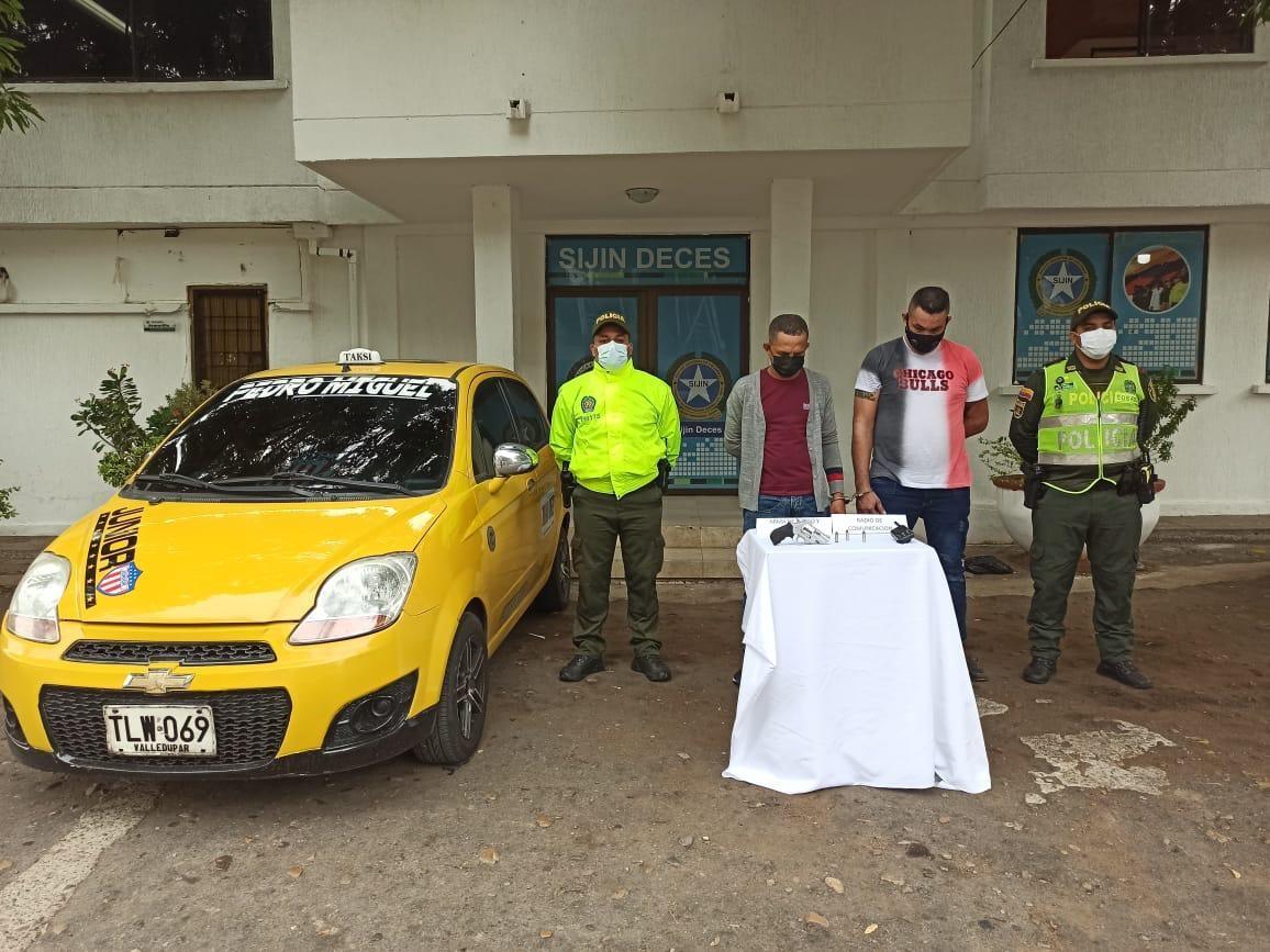 https://www.notasrosas.com/Capturados cuando pretendían hurtar en el Sector Bancario de 'Los Mayales', en Valledupar