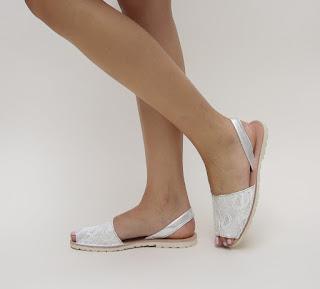 sandale albe de vara cu talpa joasa model nou foarte comod