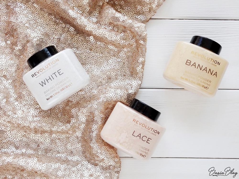 puder do bakingu Makeup Revolution Loose Baking Powder White, Lace, Banana