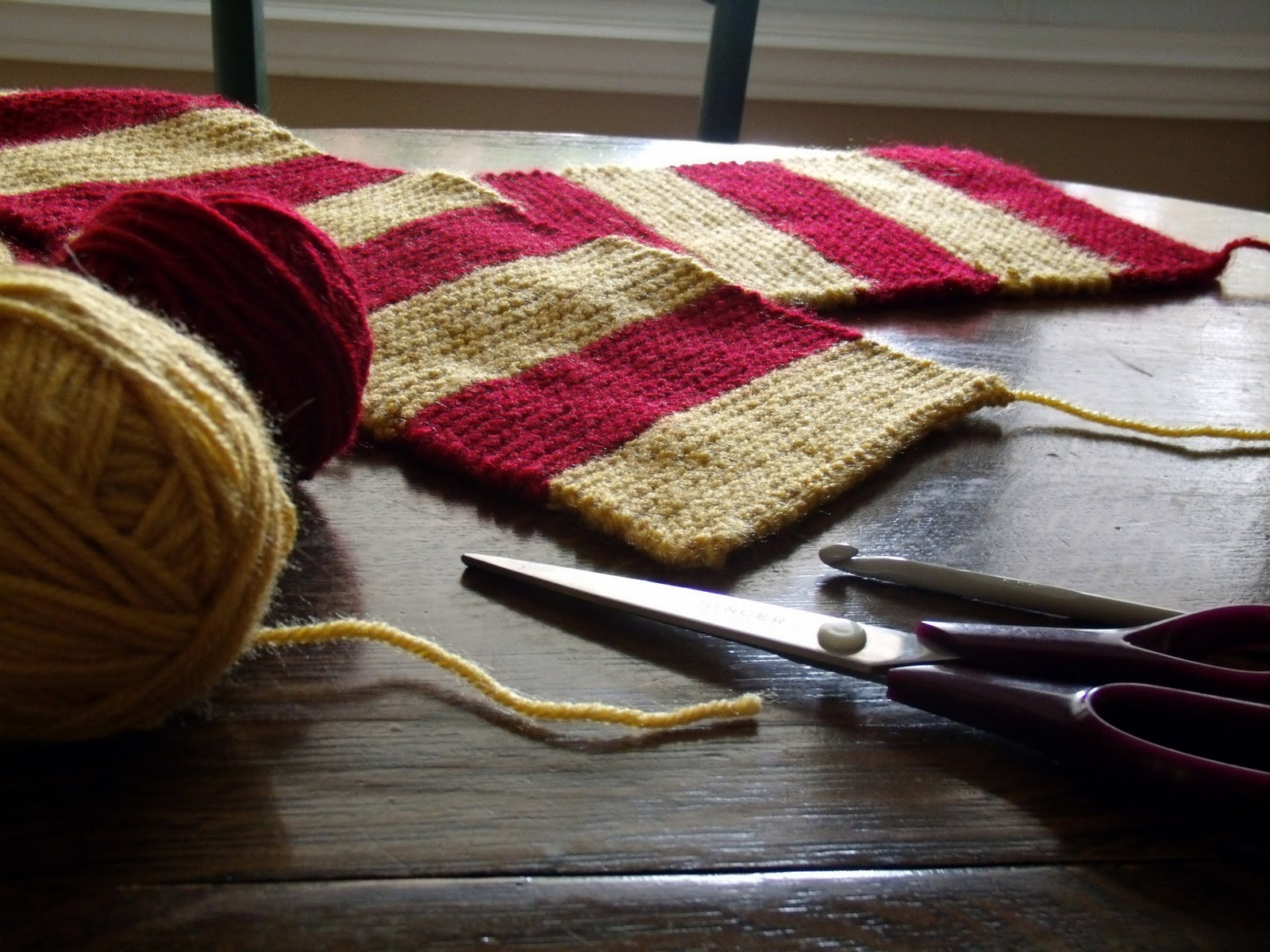Making Stuff: Harry Potter Scarf Knitting Pattern | Frugal Family Times