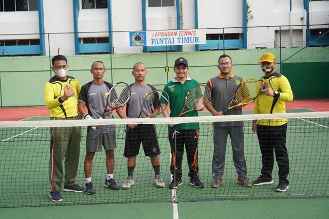 Dalam Rangka Menyambut HUT TNI Ke-76 Tahun 2021, Korem Laksanakan Turnamen Tenis Lapangan Lintas Instansi