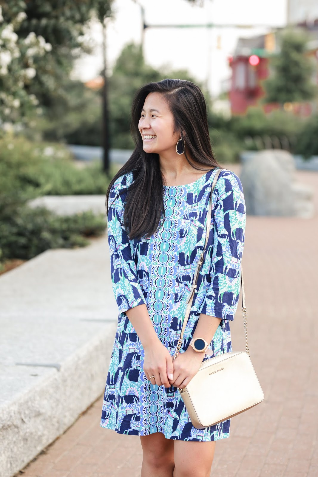 lilly pulitzer bay dress in alpaca my bag | Wearing Lilly Pulitzer in the fall