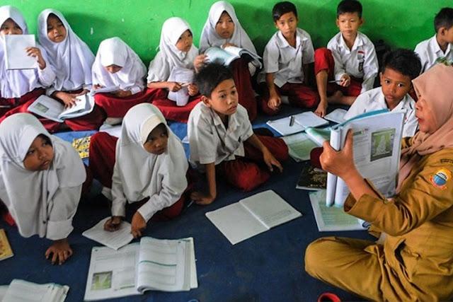 Guru Penentu Utama, Karena Tidak Ada Guru Berarti Tidak Ada Pendidikan
