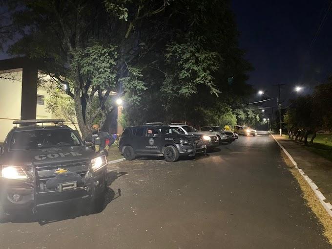 Policiais de Laranjeiras do Sul participaram da Operação que desmantou quadrilha em Guarapuava nesta quarta-feira, 28