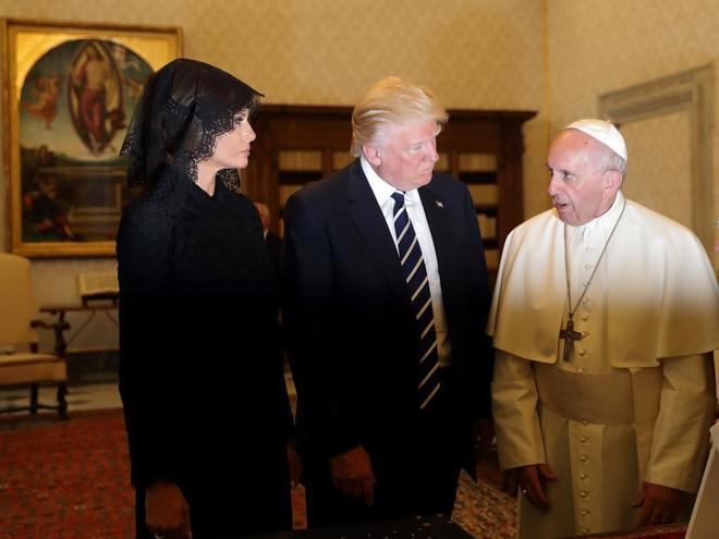 البابا فرانسيسكو لدونالد ترامب : أريد منك أن تكون أداة للسلام
