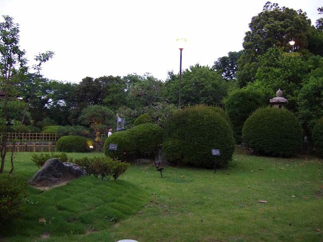 川豊別館の中庭2