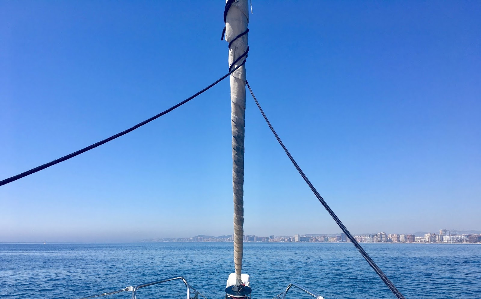 Boat trips in Fuengirola - Bombay Sapphire