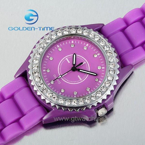 Fashion World Latest Updates: Stylish wrist watches for girls